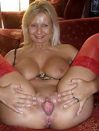 Experienced cougars want to tease you
