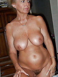 Sexy mature ladies 5